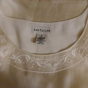 New with tag AnnTaylor Silk top size 6
